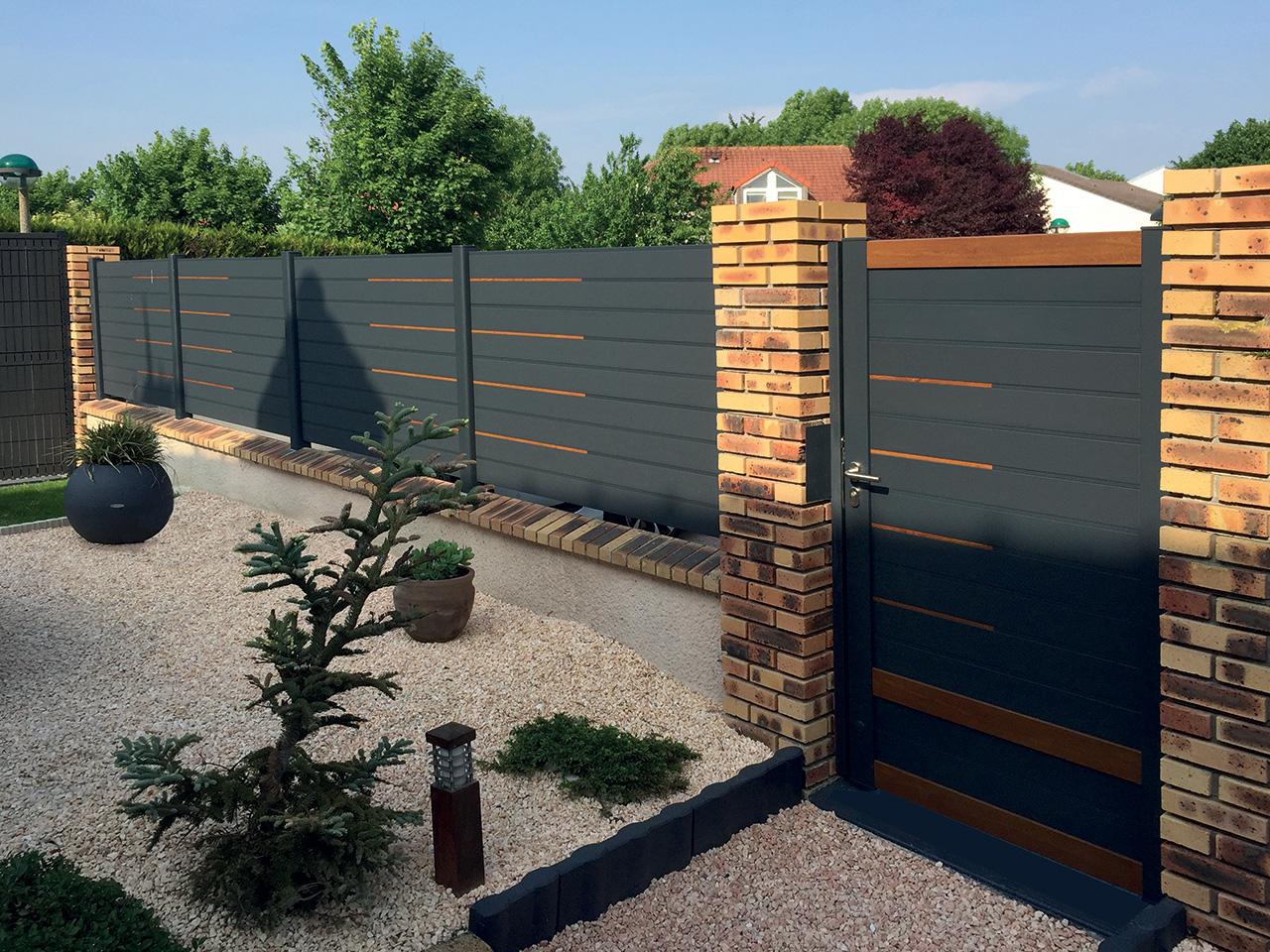 Cofreco, c'est plus de 90 ans de savoir-faire dans la fabrication de portails et de clôtures au service des professionnels.