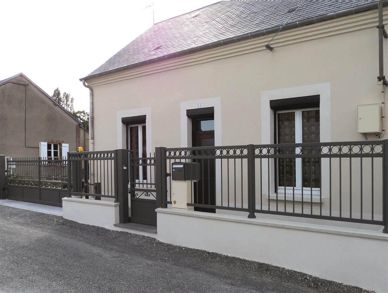 Titien, portillon et clôture