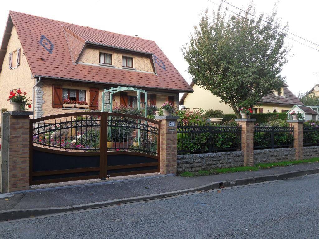 St Gothard et clôture